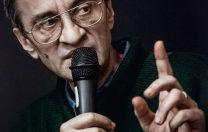 """Răzvan Petrescu: """"Lucrurile s-au destins atunci cînd le-am spus o glumă, două, ca să nu creadă că-s vreun balaur, glume la care am rîs şi eu (e bine să arăţi că înţelegi ce spui)"""""""