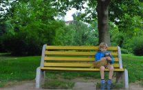 Copilul în vacanță, părinții la serviciu