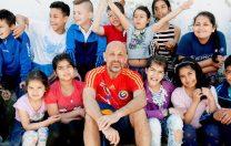"""Valeriu Nicolae: """"Să schimb în bine viitorul unui copil este pentru mine cam cea mai mare bucurie posibilă"""""""