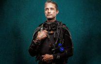 2 iulie 2014: Fabien Cousteau și echipajul său au ieșit la suprafață după 31 de zile petrecute în singurul habitat subacvatic din lume