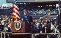 """12 septembrie 1962: JFK ține faimosul discurs """"Alegem să mergem pe Lună!"""""""