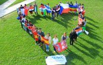 Copilul tău își dorește o bursă de studii în străinătate? Fă cunoștință cu UWC!