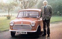 """3 octombrie 1988: Moare """"părintele"""" mașinilor Mini"""