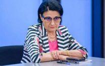 """Decizia Ecaterinei Andronescu în cazul """"patinUar"""": învățătorul este trimis la evaluare"""