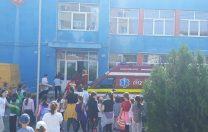 Încă un copil rănit în școală: o bucată de tencuială a căzut peste el
