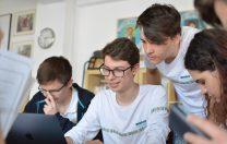 Acceleratoarele de învățare a limbilor străine: două săptămâni într-o EduTabără echivalează cu 1 an de studiu
