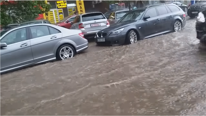 inundațiile București