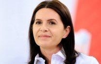 """Adriana Săftoiu acuză MEN de """"indiferență și nesimțire"""". Subiectul de BAC pentru elevii surzi:  cum se pregătește un discurs"""
