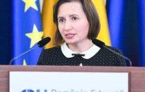 """Daniela Vișoianu (Coaliția pentru Educație): """"Nu e despre cinci. E despre bani"""""""