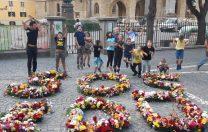 Ce au făcut câțiva profesori din Sibiu cu florile primite în prima zi de școală