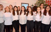 Elevii unul Colegiu Național din Giurgiu, duși să colinde la sediul PSD
