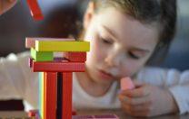 Sfaturile UNICEF pentru copii: Cum să îți petreci timpul dacă trebuie să stai acasă din cauza noului coronavirus