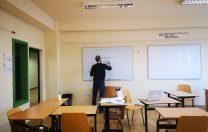 Elevii din Transylvania College continuă orele online
