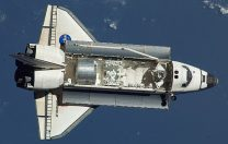 7 mai 1992:  Prima misiune spațială Endeavour