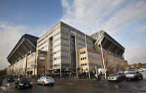 Echipa de fotbal FC Copenhaga și-a oferit stadionul pentru a fi amenajat, temporar, ca școală