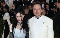 """Elon Musk și Grimes au schimbat numele copilului: din """"X AE A-12"""" în """"X AE A-Xii"""""""