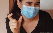 Ariana, fata infectată cu SARS-CoV-2, care s-a internat pentru a-şi proteja mama, s-a întors acasă