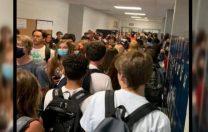 Georgia, SUA: Peste 900 de elevi și angajați ai școlilor au intrat în carantină, după reînceperea cursurilor