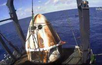Crew Dragon, capsula care a realizat misiunea istorică a SpaceX, s-a întors cu succes pe Pământ