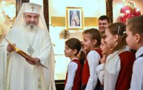 """Patriarhul Daniel, reproșuri către Monica Anisie: """"Lipsa evaluării elevilor la Religie, un afront"""""""
