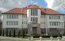 Bihoreanul: Universitatea din Oradea acordă  burse de merit unor studenți cu medii de 6 și 7