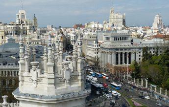 Spania intră în stare de urgență, dar școlile rămân deschise