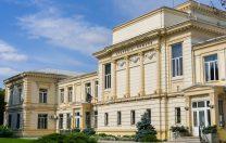 Academia Română vrea dezbatere națională despre tehnologia 5G