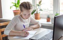 15 sfaturi pentru părinții ai căror copii participă la cursurile școlare online