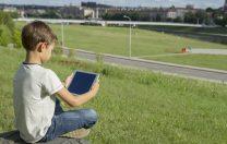 World Vision România învață școlile cum să acceseze fonduri pentru tablete și investiții