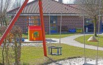 Ghidul MEC: Părinții nu mai au voie în grădinițe. Copiii vor fi preluați de la poartă