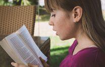 UNICEF: Cititul, matematica, bunăstarea mintală și obezitatea- probleme ale copiilor din țările bogate