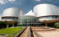 Doi studenți ai Universității din Sibiu, expulzați pentru terorism, au câștigat la CEDO
