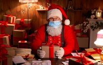 Bucuria sărbătorilor în satul lui Moș Crăciun, amenințată de COVID-19