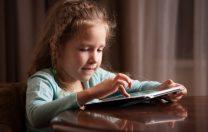 Decalajul digital în educație: date esențiale