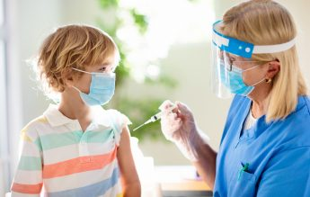 Los Angeles: Vaccinarea devine obligatorie pentru elevi, de la vârsta de 12 ani