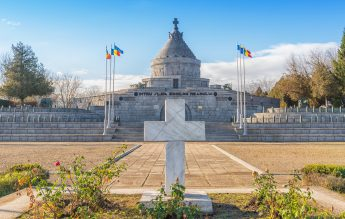 Lecție în direct cu drona de la Mausoleul Eroilor de la Mărășești: Despre cei care au schimbat România