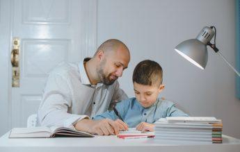 SUA: Procentul de familii care au ales sistemul de homeschooling s-a dublat în șase luni