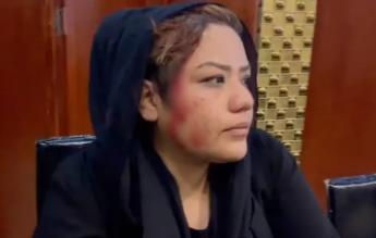 Protestul femeilor din Kabul, oprit de talibani, cu focuri de armă și acte de violență