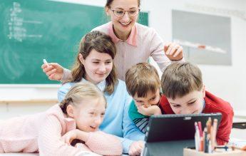 Școala Viitorului se bazează pe tehnologie