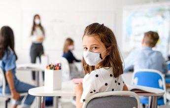 UK: Crește numărul de infectări. Îmbolnăvirile la elevi, semnificativ mai multe decât la nivelul populației generale